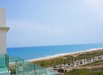 Front line penthouse apartments in Arenales del Sol.