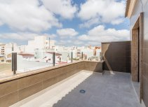 Apartments in Torrevieja close to all amenities.