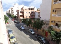2 BEDROOM APARTMENT INTORREVIEJA CENTER AND 300 METERS FROM THE HARBOUR!