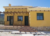 Beautiful villas in residential area of Calasparra